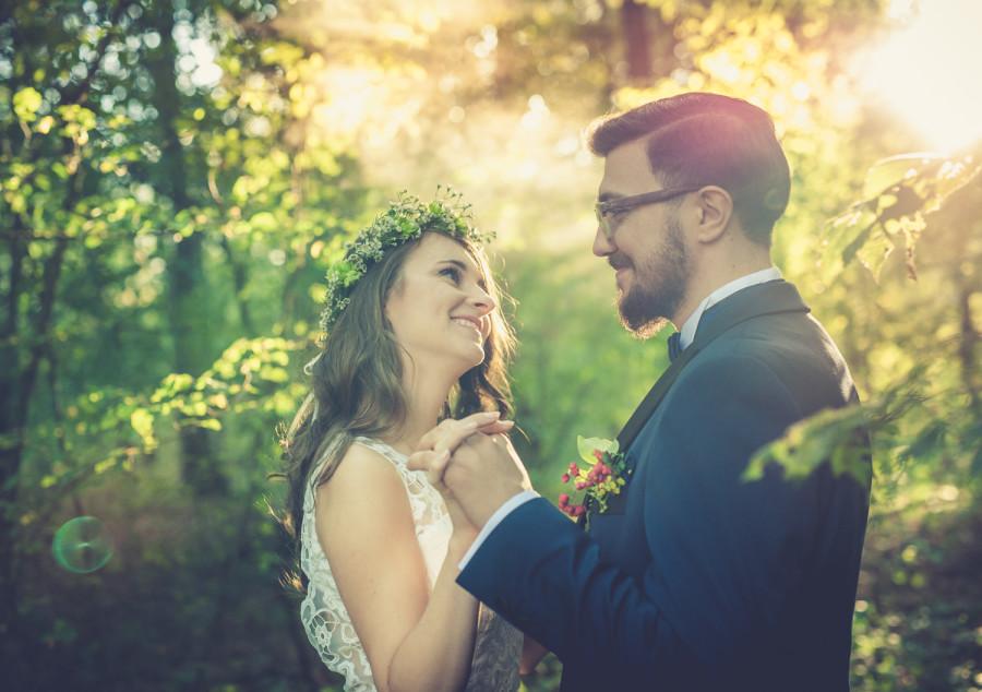 fotograf lubin, Para młoda patrzy na siebie zachodzi słońce fotograf lubin