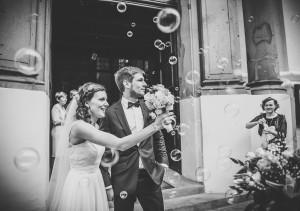 wyjście pary młodej z kościoła głogów ślub