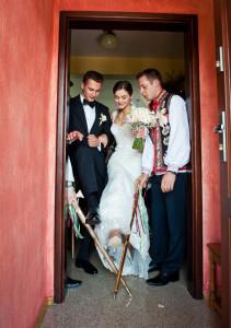 Ślub prawosławny, wyjście Pary młodej z domu